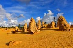 A sobremesa dos pináculos famosa para suas formações de rocha da pedra calcária Imagens de Stock