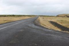 Sobremesa e vulcão da estrada de Islândia Foto de Stock