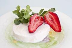 Sobremesa fresca da morango Imagens de Stock