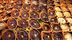 Sobremesa tailandesa de Kaeng do papo de Khanom no mercado filme