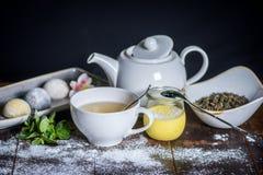 Sobremesas e chá Imagem de Stock Royalty Free