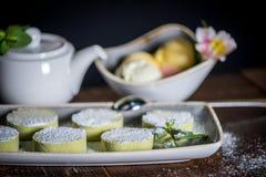 Sobremesas e chá Imagens de Stock