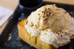 Sobremesas populares do gelado do brinde do mel para todos Imagens de Stock