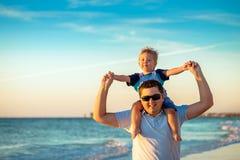 Sobreposto do pai e do filho Imagem de Stock Royalty Free