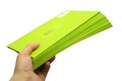 Sobres verdes Imágenes de archivo libres de regalías