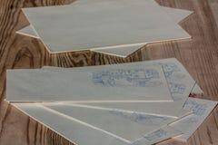 Sobres y papel decorativos Letras de la escritura Imagen de archivo