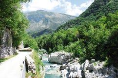 Soca-Fluss nahe Kobarid Lizenzfreies Stockbild