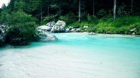 Soca rzeka w Triglav parku narodowym, Slovenia zbiory