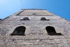Soca torn i den historiska mitten av Lovere på sjön Iseo arkivbilder