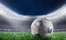 Soccerball на стадионе готовом для кубка мира Стоковые Фотографии RF