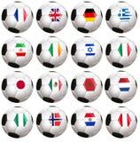 Soccerballs avec le drapeau de pays Photographie stock