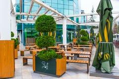 SOCHI, ΡΩΣΙΑ, ΣΤΙΣ 18 ΑΠΡΙΛΊΟΥ 2019 - πίνακες οδών του εστιατορίου γρήγορου φαγητού Mcdonald στοκ φωτογραφίες με δικαίωμα ελεύθερης χρήσης