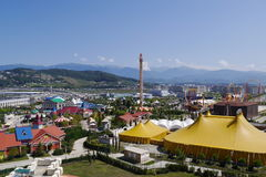 Sochi-Park Ansicht vom Hotel Bogatyr in Adler, Russland Stockfoto