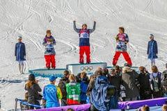 SOCHI, RUSSLAND - 21. FEBRUAR 2014: Gefühle der Sieger ` Athleten an den 2014 Winter Olympics Stockfoto