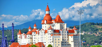Sochi Ryssland Bogatyr hotell nära parkera Fotografering för Bildbyråer