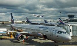 Société d'Aeroflot à l'aéroport Sheremetyevo, MOSCOU, RUSSIE Photographie stock libre de droits