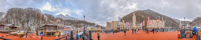 """SOCI, RUSSIA - 10 GENNAIO 2015: Un panorama di 360 gradi della stazione sciistica """"Rosa KhutorÂ"""" Fotografia Stock"""