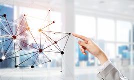 Sociaal mededeling en voorzien van een netwerk als concept voor e-business stock foto's