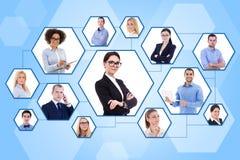 Sociaal media en Internet-concept - portretten van bedrijfsmensen royalty-vrije stock afbeelding