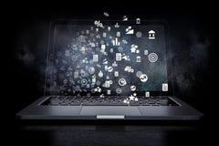Social anslutning och nätverkande Blandat massmedia Arkivfoto
