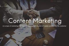 Social massmediaadvertizing kommersiellt brännmärka C för nöjd marknadsföring royaltyfria foton