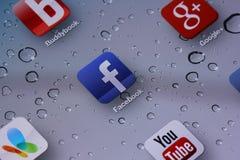 Facebook Social Media. Social Media Applications on Ipad Royalty Free Stock Photo