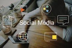 Social Media-Chat-Blog-Werbekonzeption Lizenzfreies Stockbild