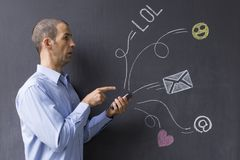 Social Media-Chat mit Ikonen und E-Mail-Symbolen Lizenzfreies Stockbild