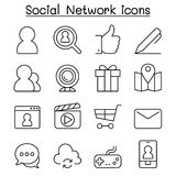 Social Media & Social Network icon set in thin line style Royalty Free Stock Images