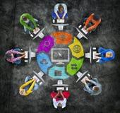 Social nätverkande för folk och släkta symboler Arkivbilder
