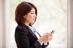 Social Networking im Büro Lizenzfreies Stockfoto