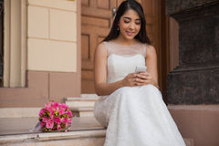 Social networking on my wedding Royalty Free Stock Photos