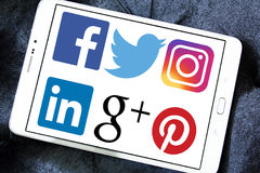 Sociala nätverkslogoer och symboler Arkivfoto