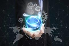 Sociale di affari di concetto della terra del globo della tenuta della mano di affari Immagine Stock