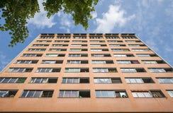 Sociale huisvestingswolkenkrabber in Berlijn royalty-vrije stock afbeeldingen