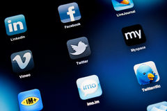 Sociale Media Apps op Appel iPad2 Stock Foto