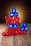 Sociale media mededeling, Internet-concept, geplaatste pictogrammen Stock Foto