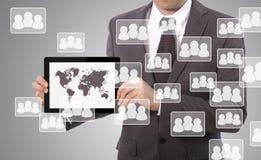 Sociale media op tablet vector illustratie