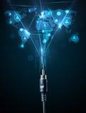 Sociale netwerkpictogrammen die uit elektrische kabel komen Stock Foto