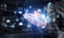 Sociale verbinding als bedrijfshulpmiddel Gemengde media Stock Foto's