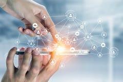 Sociale voorzien van een netwerkverbinding Gemengde media Stock Afbeeldingen