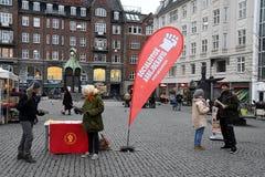 SOCIALISTISK STÄLLNING DANMARK FÖR ARBETARNYHETERNA PAPERSS royaltyfri fotografi