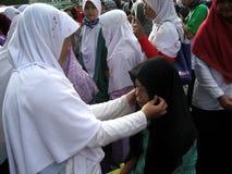 Socializzi il hijab fotografia stock libera da diritti