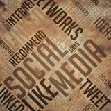 Socialt massmedia - brunt Wordcloud för Grunge begrepp Arkivbild