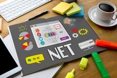 Socialt massmedia för NETTO data för datorinternet globala, kommunikation in Fotografering för Bildbyråer