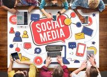 Socialt massmedia som knyter kontakt Conc kommunikationsanslutningsteknologi Arkivfoton