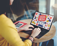 Socialt massmedia som knyter kontakt Conc kommunikationsanslutningsteknologi Royaltyfri Fotografi