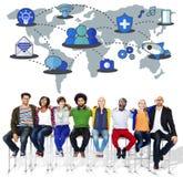 Socialt nätverk som delar anslutningsbegrepp för globala kommunikationer Royaltyfria Bilder