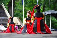 Sociedad para la educación coreana + Hata de la danza foto de archivo