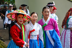 Società per formazione coreana + Hata di ballo Immagini Stock
